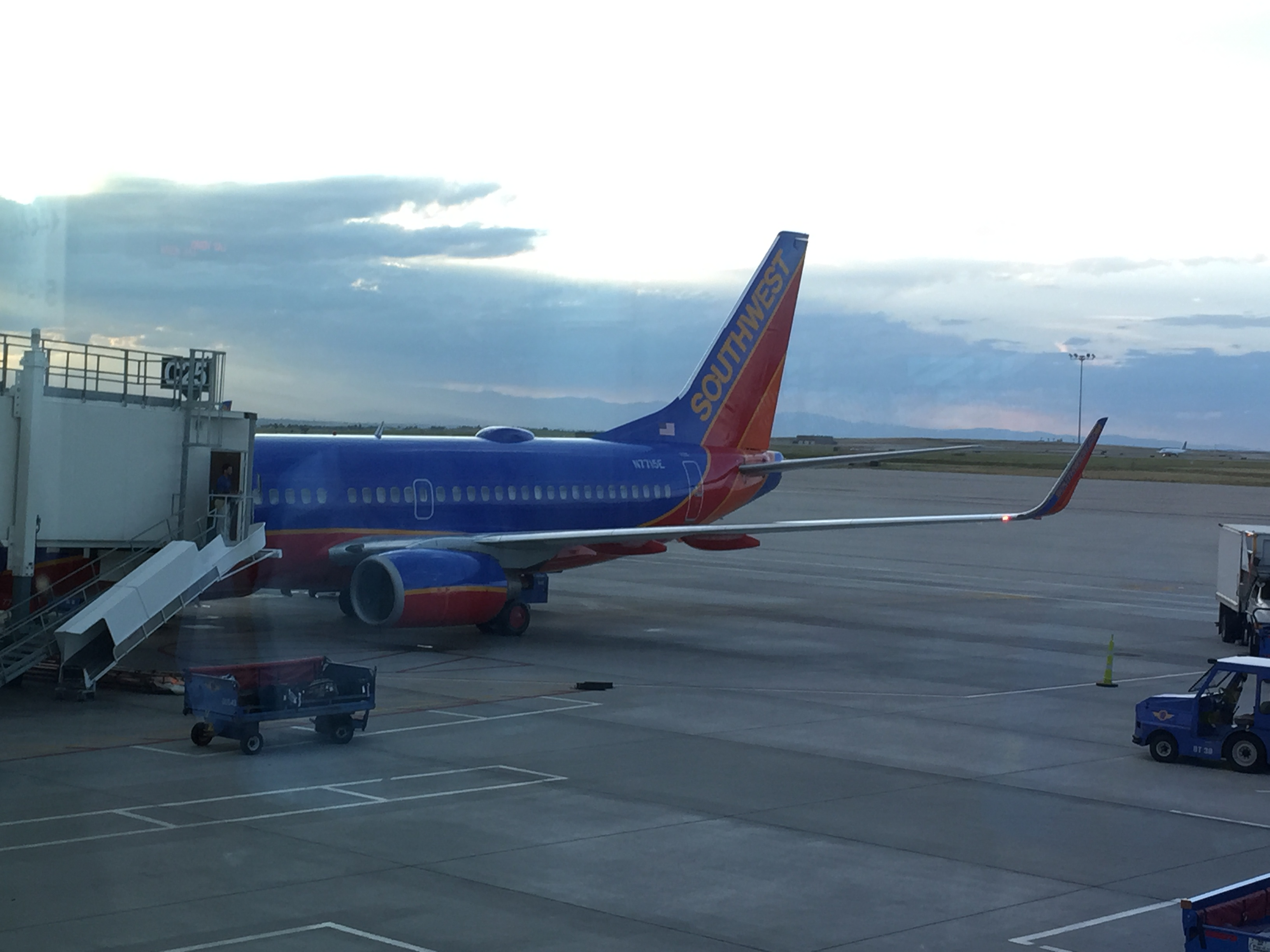 Review Southwest Airlines 737 700 Economy Denver To